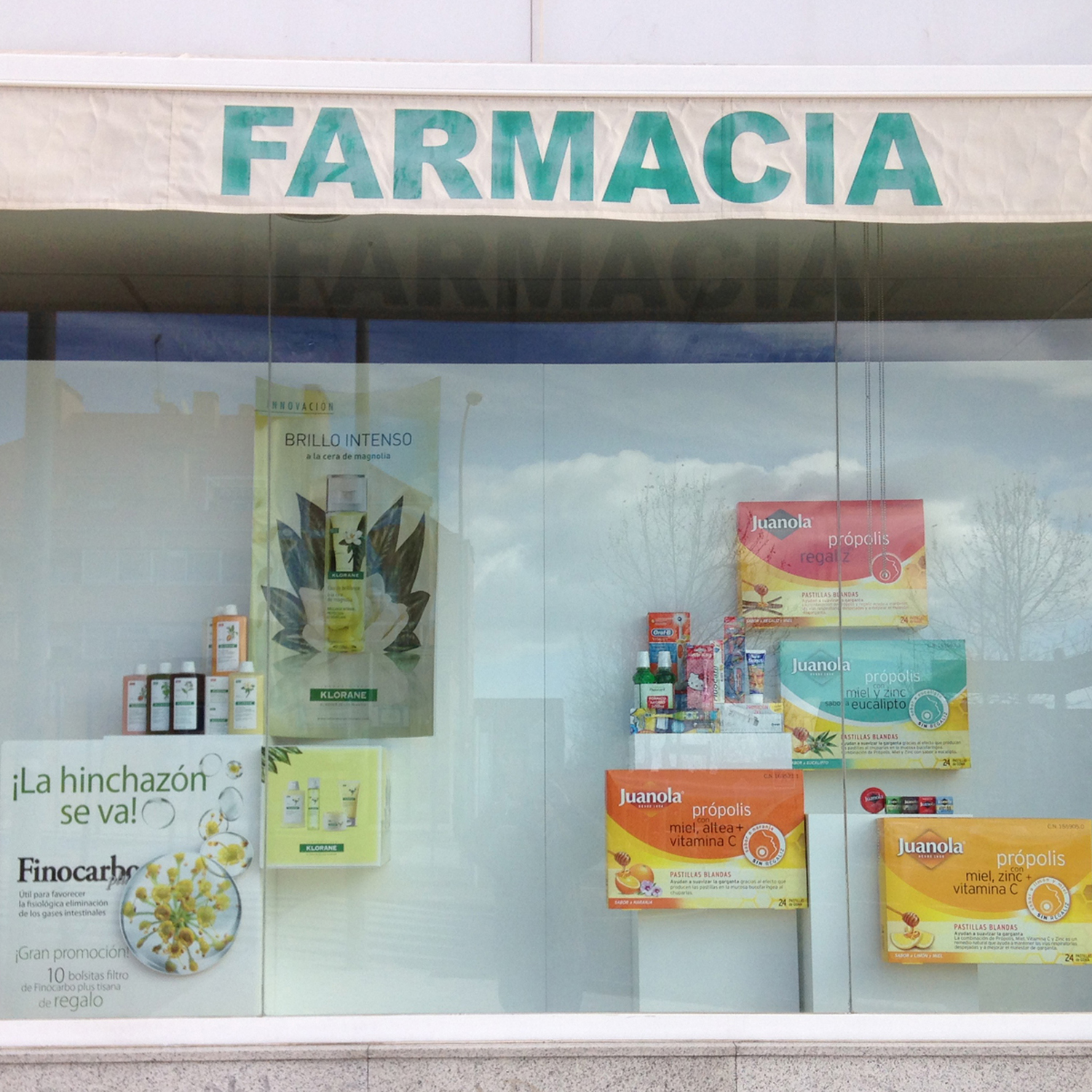escaparate-de-farmacia